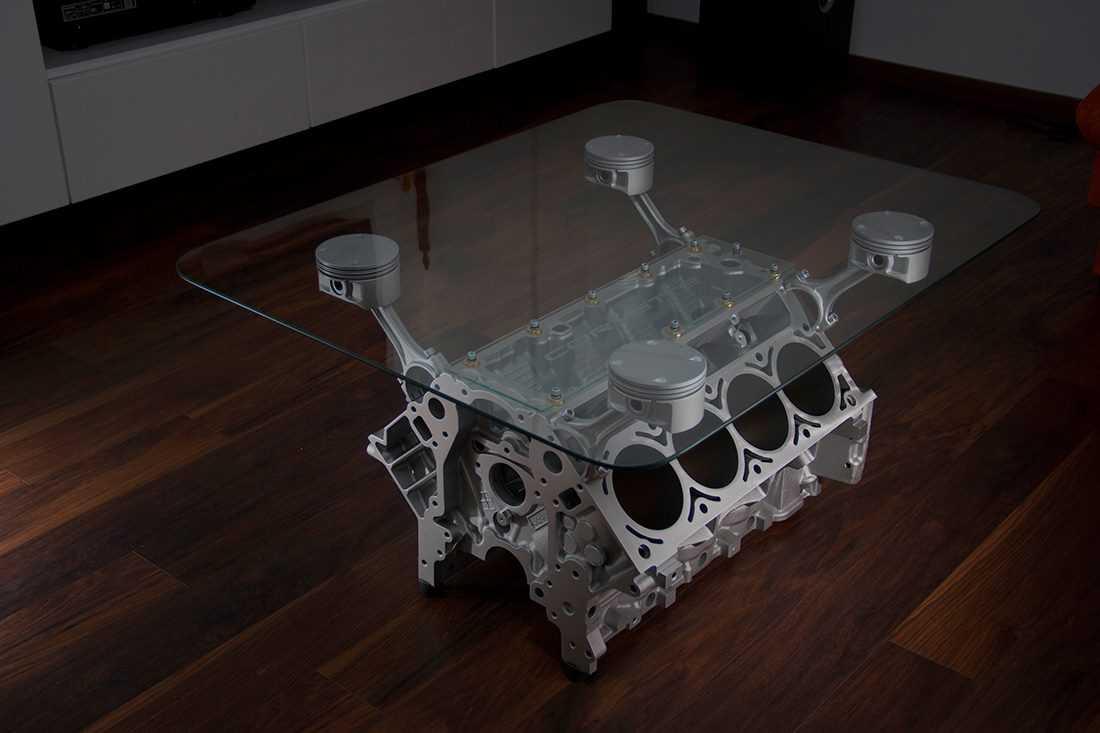 3_stolik z silnika v8