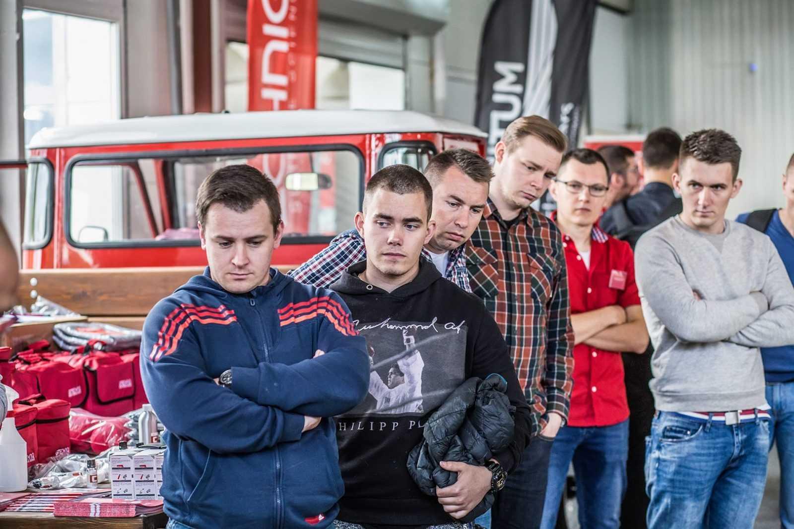 autodetailing-dla-entuzjastow-gtechniq-polska-25
